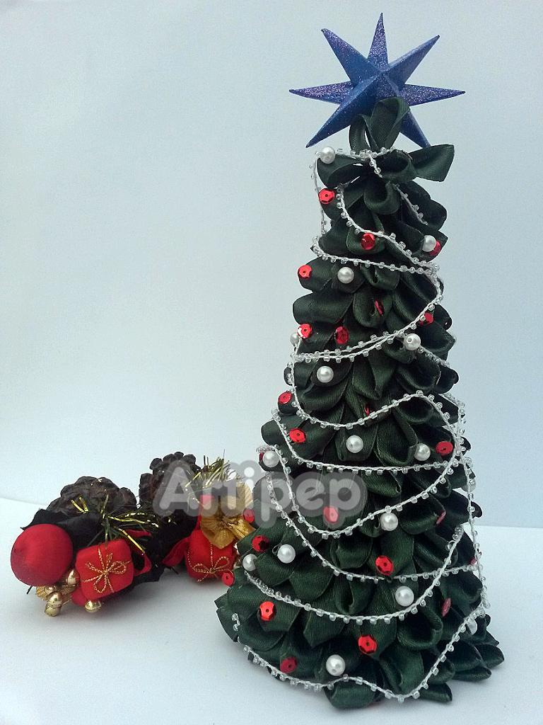 Tutorial rbol de navidad de cinta diy artipep - Cintas para arbol de navidad ...